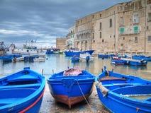 Vieux port de Monopoli. Apulia. Image libre de droits