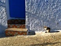 vieux porte et kit colorés arabes Photos stock