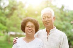 Vieux portrait asiatique heureux de couples Photo libre de droits