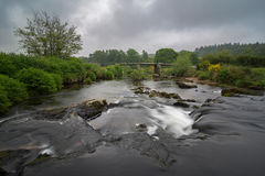Vieux Postbridge en parc national de Dartmoor images libres de droits