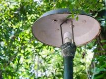 Vieux poteau d'ampoule Image libre de droits