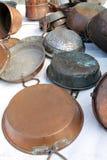 Vieux pots et casseroles Image stock