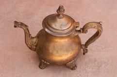 Vieux pots marocains de thé images stock