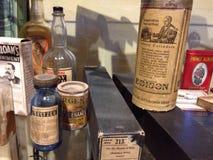 Vieux produits capillaires images libres de droits