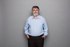 Vieux professeur avec les cheveux gris Image libre de droits