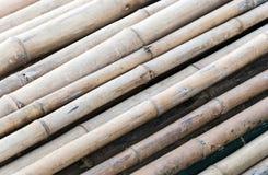 Vieux radeau en bambou Photographie stock libre de droits