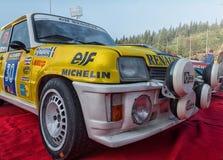 Vieux rassemblement de voiture de course de RENAULT 5 GT TURBO 1982 Photographie stock libre de droits