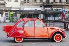Vieux rassemblement de voitures de minuterie photographie stock