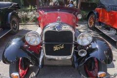 Vieux rassemblement de voitures de minuterie images stock