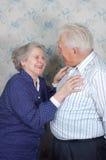Vieux rire heureux de couples Images stock