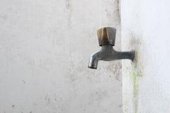 Vieux robinet Photos stock