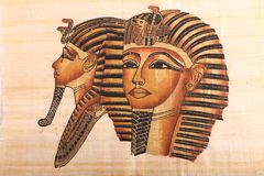 Vieux rois et papyrus égyptiens de la Reine Photographie stock