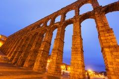 Vieux Roman Aqueduct dans le temps de matin segovia Image stock