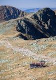 Vieux ropeway chez bas Tatras, Slovaquie Images stock