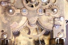 Vieux rouages sales avec la poussière et l'huile de graissage Foc sélectif photographie stock libre de droits