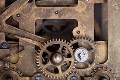Vieux rouages sales avec la poussière et l'huile de graissage Foc sélectif photos libres de droits