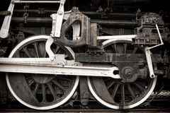 Vieux roues et Rods d'entraînement de cru de locomotive à vapeur Images libres de droits