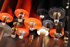 Vieux rouleaux en caoutchouc des fours des imprimantes à laser et des copieurs photographie stock