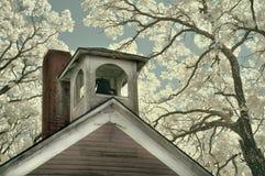 Vieux Shoolhouse Bell images libres de droits