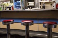 Vieux sièges de wagon-restaurant de mode image libre de droits