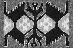 Vieux tapis roumain traditionnel de laine Image libre de droits