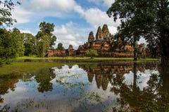 Vieux temple en pierre images libres de droits