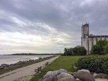 Vieux terminal de grain en parc de point de coucher du soleil, Collingwood, Ontario Photos stock