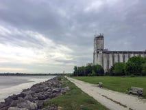 Vieux terminal de grain en parc de point de coucher du soleil, Collingwood, Ontario Photo libre de droits