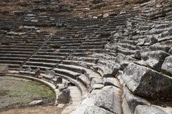 Vieux théâtre dans la ville antique Images libres de droits