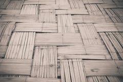 Vieux tissage en bambou noir et blanc Photos libres de droits