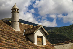 Vieux toit espagnol de style de maison Photos libres de droits