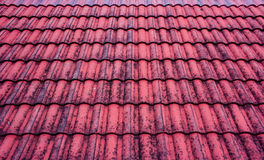 Vieux toit rouge Image stock