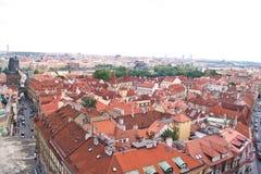 Vieux toits rouges avec des dormers Photos stock