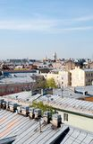 Vieux toits St Petersburg Russie Images stock