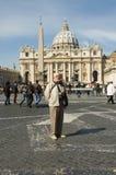 Vieux touriste à Rome photo stock