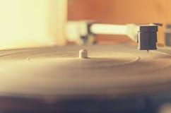 Vieux tourne-disque poussiéreux Photos libres de droits