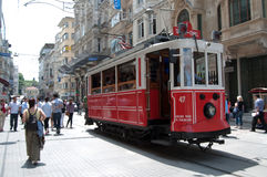 Vieux tramway à Istanbul, Turquie Images stock