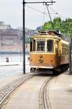 Vieux tramway jaune Images stock
