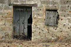 Vieux trappe et hublot Photo stock