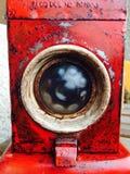 vieux travailleur antique rouge de chemin de fer de lampe image stock