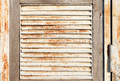 Vieux trellis rouillé en métal Photos stock