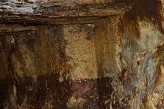 Or - vieux tunnel romain dans la mine d'or Rosia Montana, la Transylvanie Photos libres de droits