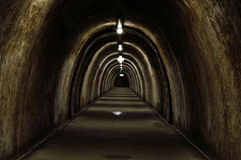 Vieux tunnels photo stock