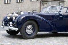 Vieux véhicule anglais Photographie stock libre de droits
