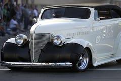 Vieux véhicule classique : Convertible blanc Images stock