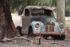 Vieux véhicule coloré Photos stock