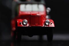 Vieux véhicule rouge Photos stock