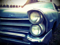Vieux véhicule rouillé image stock