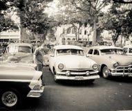 Vieux véhicules classiques à La Havane, Cuba Images libres de droits