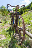 Vieux vélo Photo stock